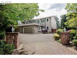 Photo of 32074 SW CHARBONNEAU DR, Wilsonville, OR 97070 (MLS # 18498350)