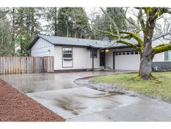 Photo of 16421 NE HOLLADAY ST, Portland, OR 97230 (MLS # 18514742)