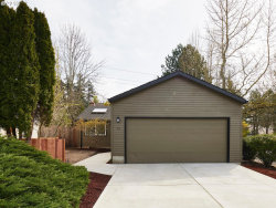 Photo of 99 KINGSGATE RD, Lake Oswego, OR 97035 (MLS # 18525096)