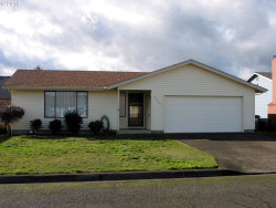 Photo of 2065 ASTOR WAY, Woodburn, OR 97071 (MLS # 18535666)
