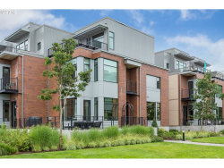 Photo of 1632 NW RIVERSCAPE ST, Portland, OR 97209 (MLS # 18536629)