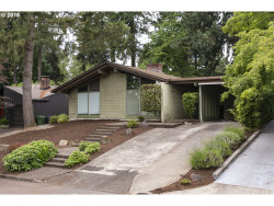 Photo of 220 4TH ST, Lake Oswego, OR 97034 (MLS # 18544121)