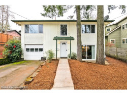 Photo of 7928 SW 30TH AVE, Portland, OR 97219 (MLS # 18552346)