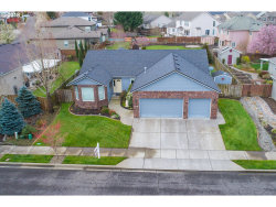 Photo of 6129 SE PLATT AVE, Portland, OR 97236 (MLS # 18559004)