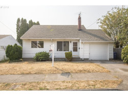 Photo of 4523 SE 99TH AVE, Portland, OR 97266 (MLS # 18559798)