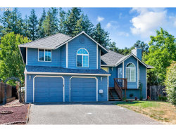 Photo of 6385 SE AUSTIN CT, Hillsboro, OR 97123 (MLS # 18568581)