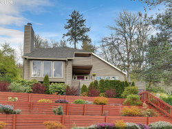 Photo of 925 SW POWERS CT, Portland, OR 97219 (MLS # 18575031)