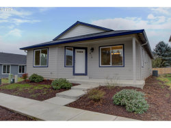 Photo of 818 NE 11TH CT, Battle Ground, WA 98604 (MLS # 18583731)