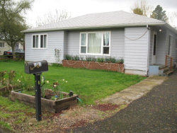 Photo of 1031 WILLIAMS AVE, Woodburn, OR 97071 (MLS # 18585322)