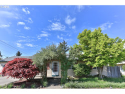 Photo of 923 ECHO HOLLOW RD, Eugene, OR 97402 (MLS # 18587975)