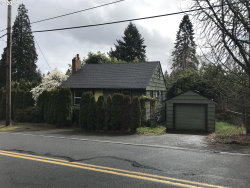 Photo of 1226 SW SPRING GARDEN ST SW, Portland, OR 97219 (MLS # 18597439)