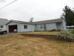 Photo of 1050 BROADWAY AVE, Winchester Bay, OR 97467 (MLS # 18610026)