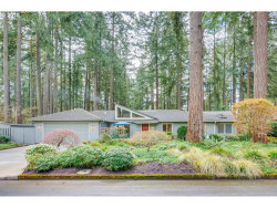 Photo of 4846 REDWING WAY, Lake Oswego, OR 97035 (MLS # 18627411)