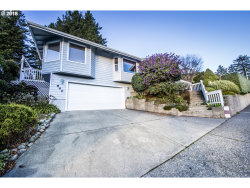 Photo of 940 RANSOM AVE, Brookings, OR 97415 (MLS # 18629796)