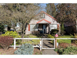 Photo of 690 NW 4TH AVE, Canby, OR 97013 (MLS # 18633205)