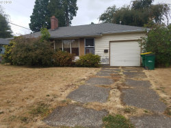 Photo of 140 SW 137TH AVE, Beaverton, OR 97006 (MLS # 18638462)