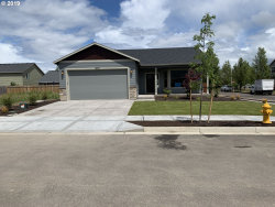 Photo of 1290 Daylily ST, Woodburn, OR 97071 (MLS # 18670330)
