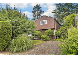 Photo of 230 SW 137TH AVE, Beaverton, OR 97006 (MLS # 18670561)