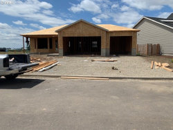 Photo of 1335 Sunflower ST, Woodburn, OR 97071 (MLS # 18682829)