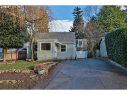Photo of 9636 SW 54TH AVE, Portland, OR 97219 (MLS # 18685387)