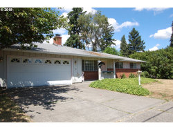 Photo of 8417 SE CLACKAMAS RD, Milwaukie, OR 97267 (MLS # 18695751)