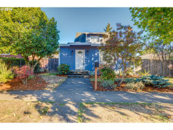 Photo of 316 NW 41ST ST, Vancouver, WA 98660 (MLS # 19015774)