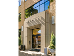 Photo of 420 NW 11TH AVE , Unit #920, Portland, OR 97209 (MLS # 19017422)