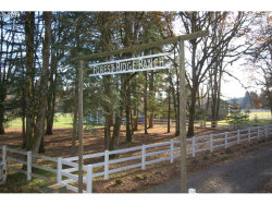 Photo of 11008 S FOREST RIDGE RD, Oregon City, OR 97045 (MLS # 19019732)