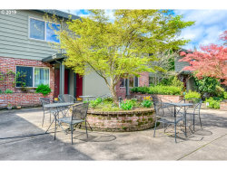 Photo of 908 SW GAINES ST , Unit 13, Portland, OR 97239 (MLS # 19043870)