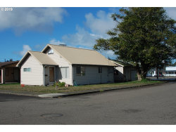 Photo of 2107 ELM AVE, Reedsport, OR 97467 (MLS # 19044677)
