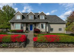 Photo of 12575 SE BLUFF DR, Clackamas, OR 97015 (MLS # 19049098)