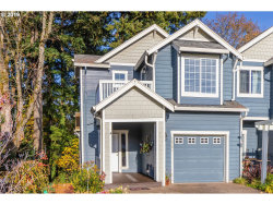 Photo of 20201 HOODVIEW AVE, West Linn, OR 97068 (MLS # 19050885)