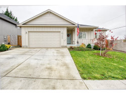 Photo of 1505 RED HILLS PL, Cottage Grove, OR 97424 (MLS # 19062202)