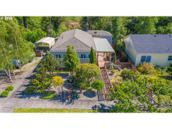 Photo of 785 E 1ST, Coquille, OR 97423 (MLS # 19062277)