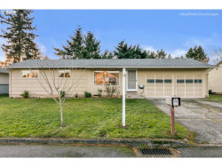 Photo of 1647 SE 151ST AVE, Portland, OR 97233 (MLS # 19062589)