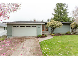 Photo of 2445 SW 84TH AVE, Portland, OR 97225 (MLS # 19068295)