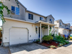 Photo of 11806 SE OAK ST, Portland, OR 97216 (MLS # 19076065)
