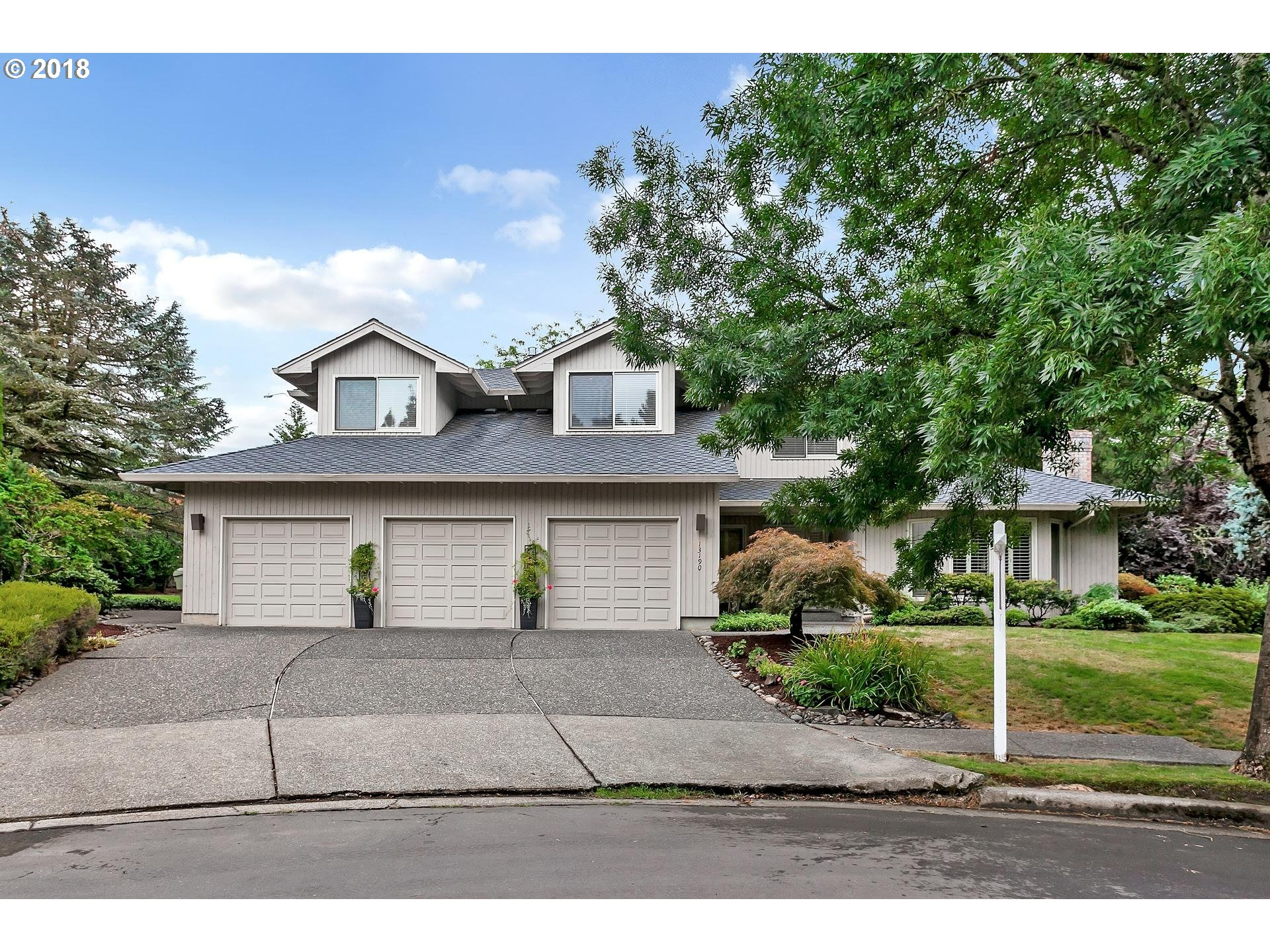 Photo for 13190 NW HELEN LN, Portland, OR 97229 (MLS # 19080556)
