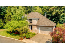 Photo of 10636 SW INVERNESS CT, Portland, OR 97219 (MLS # 19088204)