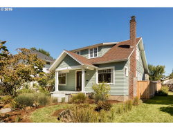 Photo of 2532 SE 16TH AVE, Portland, OR 97202 (MLS # 19091745)