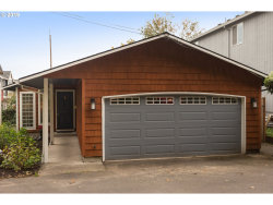 Photo of 5944 SW VIEW POINT TER, Portland, OR 97239 (MLS # 19102294)