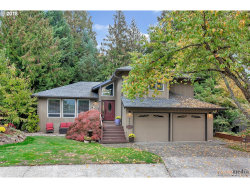Photo of 16400 SW WOODCREST AVE, Tigard, OR 97224 (MLS # 19104397)