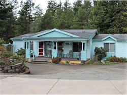 Photo of 2134 LYNNE DR, North Bend, OR 97459 (MLS # 19114365)