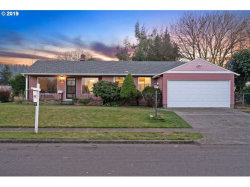 Photo of 9930 SE HARRISON ST, Portland, OR 97216 (MLS # 19118185)