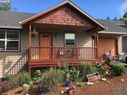 Photo of 1676 SE 3rd ST, Astoria, OR 97103 (MLS # 19127938)