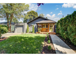 Photo of 11322 SE 33RD AVE, Milwaukie, OR 97222 (MLS # 19131353)