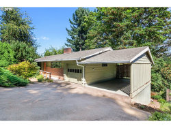 Photo of 9400 SW VIEW POINT TER, Portland, OR 97219 (MLS # 19151298)