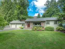 Photo of 11241 SW BOONES FERRY RD, Portland, OR 97219 (MLS # 19168214)