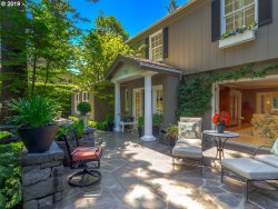 Photo of 736 SOUTHVIEW RD, Lake Oswego, OR 97034 (MLS # 19170527)