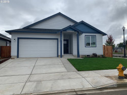Photo of 1701 NW 26th AVE, Battle Ground, WA 98604 (MLS # 19175191)